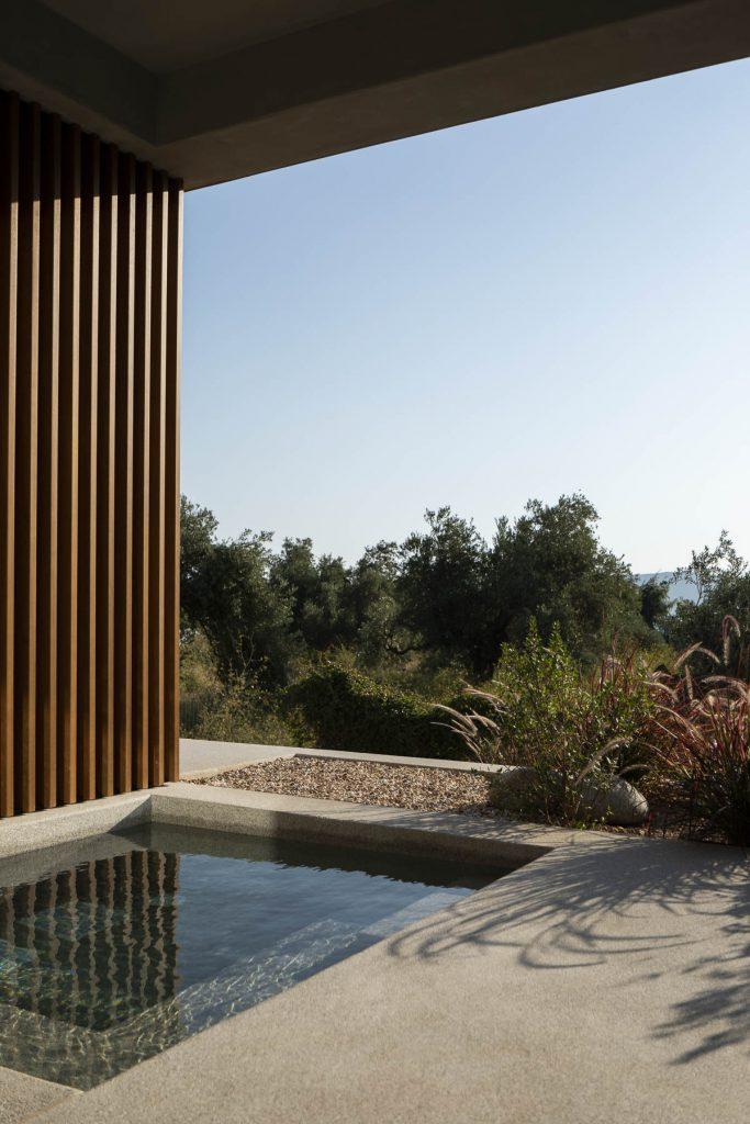 Garden View / Deluxe suite with mini pool - ground floor