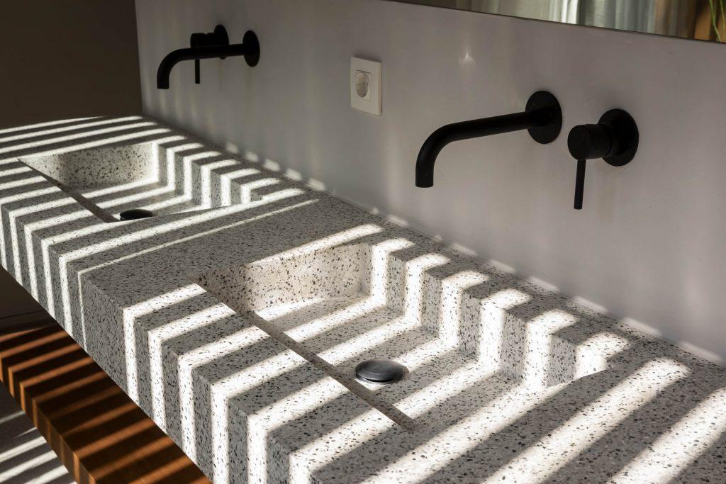 Suites / Double Sink